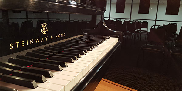 Piano Lessons For Adults: More Fun, Easier, & Faster Than Piano Lessons For Kids